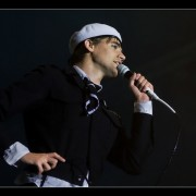 26_31-the-hives-27_08_2010-oo