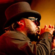 skindred2_web