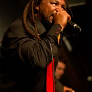 skindred8_web