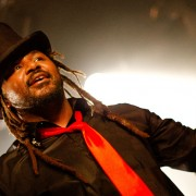skindred9_web