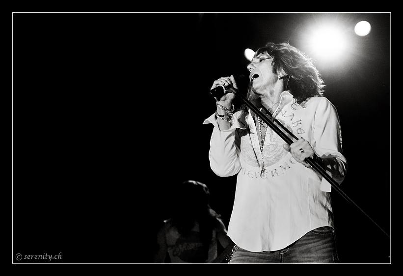 055-whitesnake-02_12_2011-oo