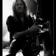064-whitesnake-02_12_2011-oo