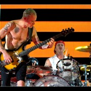 01_redhotchilipeppers_05