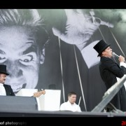 0301-the-hives-13