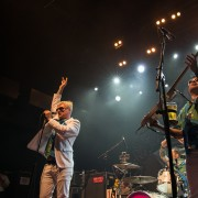 02-me-first-and-the-gimme-gimmes-01