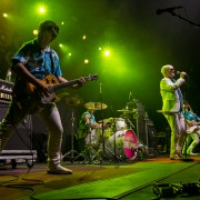 02-me-first-and-the-gimme-gimmes-09