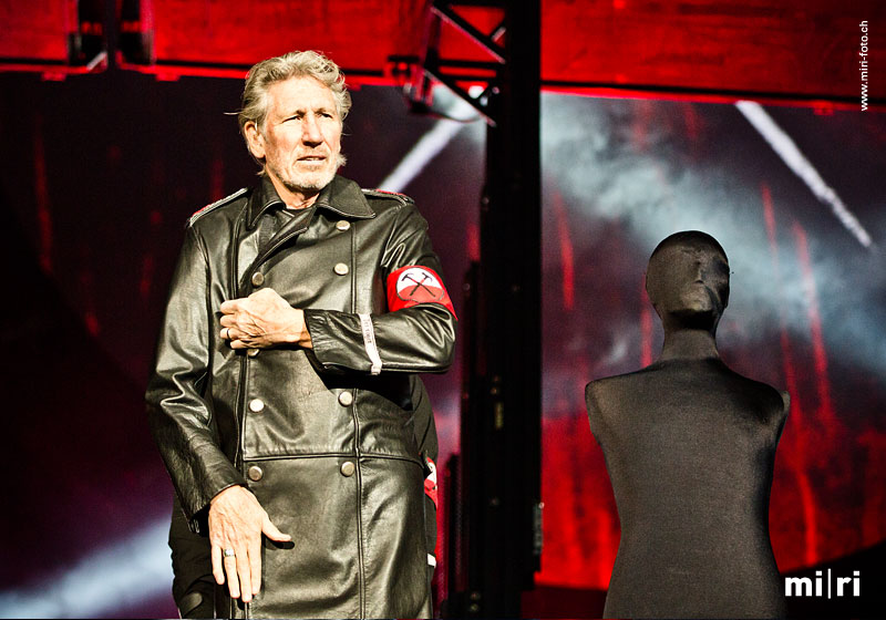 roger_waters04