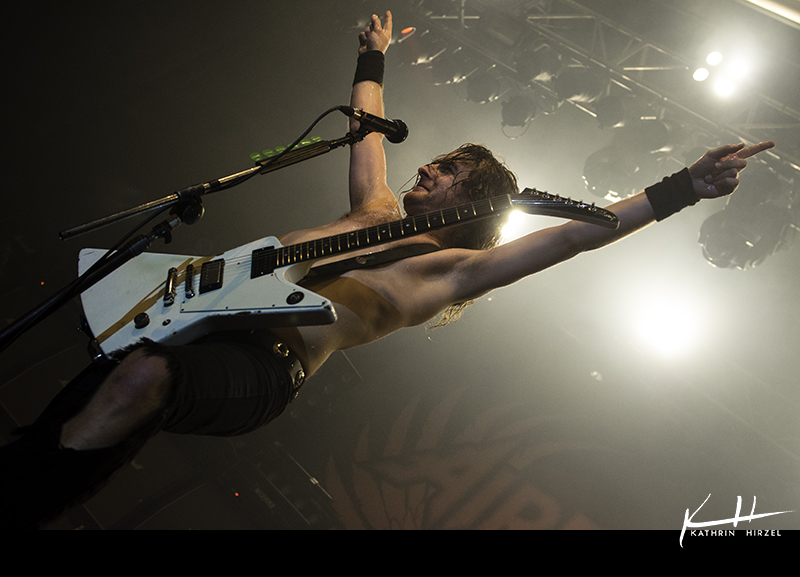 03_airbourne_009