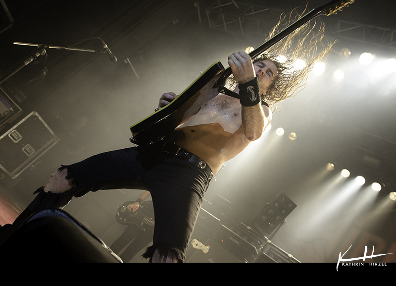 03_airbourne_020