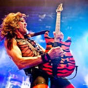 02steelpanther03