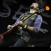 12-seether-06