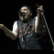 13-gogol-bordello-05