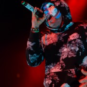 01-hollywoodundead-11