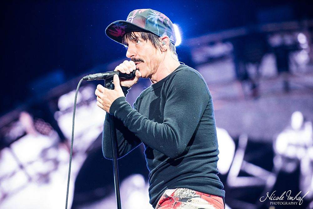104-red-hot-chili-peppers-ni-1