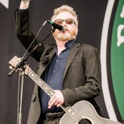01-flogging-molly-7