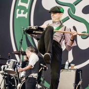 01-flogging-molly-8