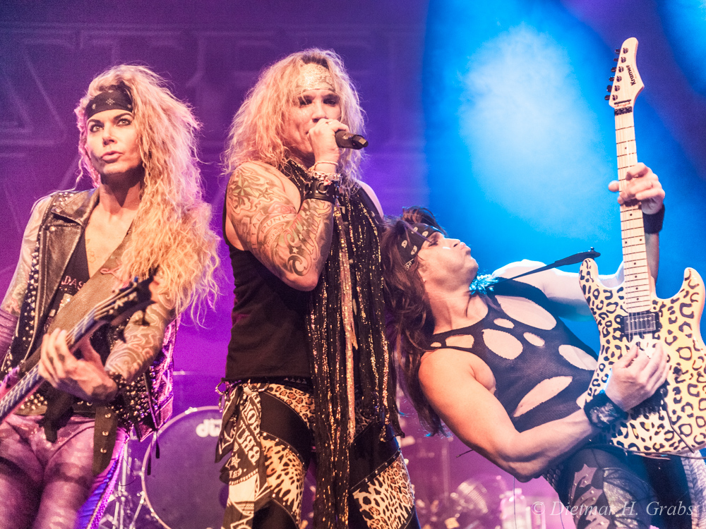 03-steel-panther-10