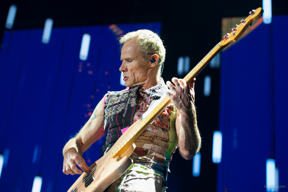 01_red_hot_chili_peppers_10