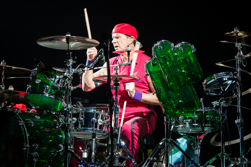 01_red_hot_chili_peppers_11