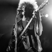 02-wolfmother-05
