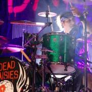 02-dead-daisies-04