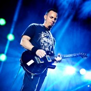 02_alterbridge08