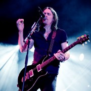 02_alterbridge09