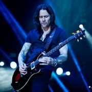 02_alterbridge16