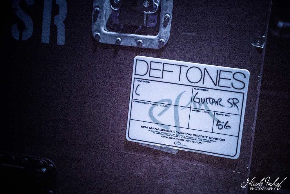 02-deftones-01