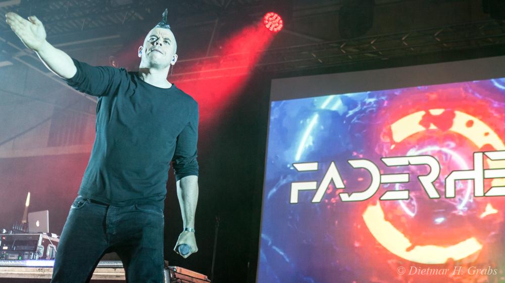 10-faderhead-03