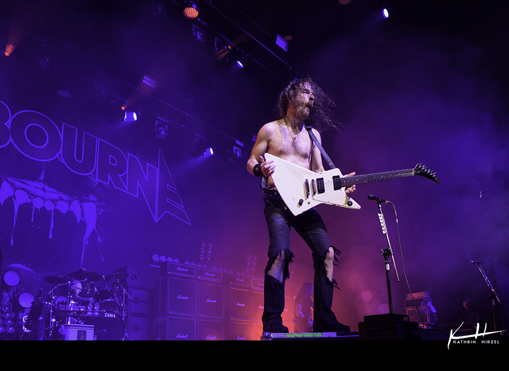02-airbourne-05