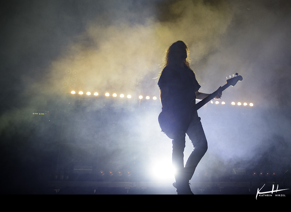 02-airbourne-17