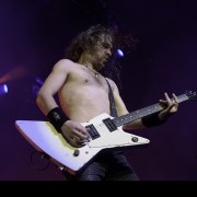 02-airbourne-06