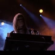 01-dark-horses-008