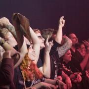 06-fans-09