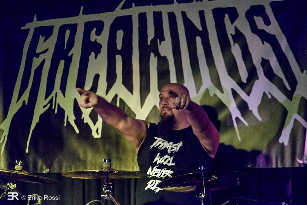02-freakings-01
