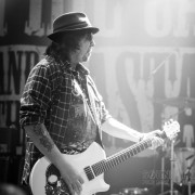01-phil-campbell-the-bastard-sons-15