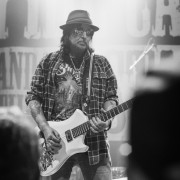 01-phil-campbell-the-bastard-sons-20