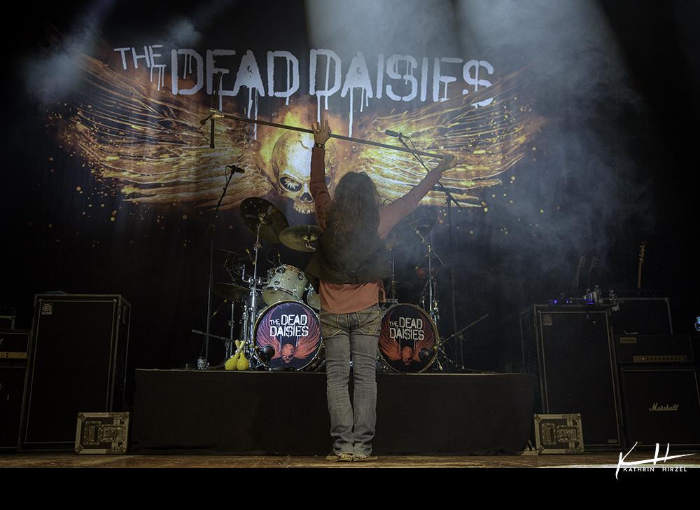 03-the-dead-daisies-010