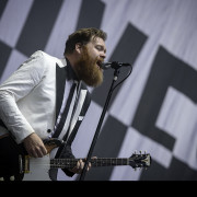 005-the-hives-002