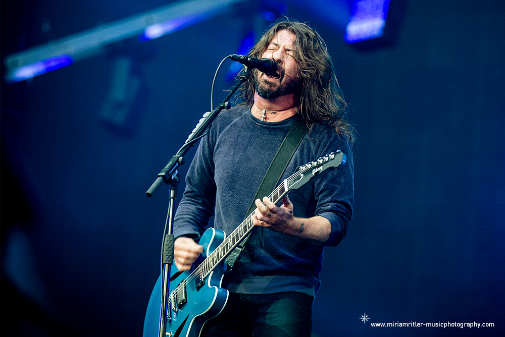 03_foofighters04