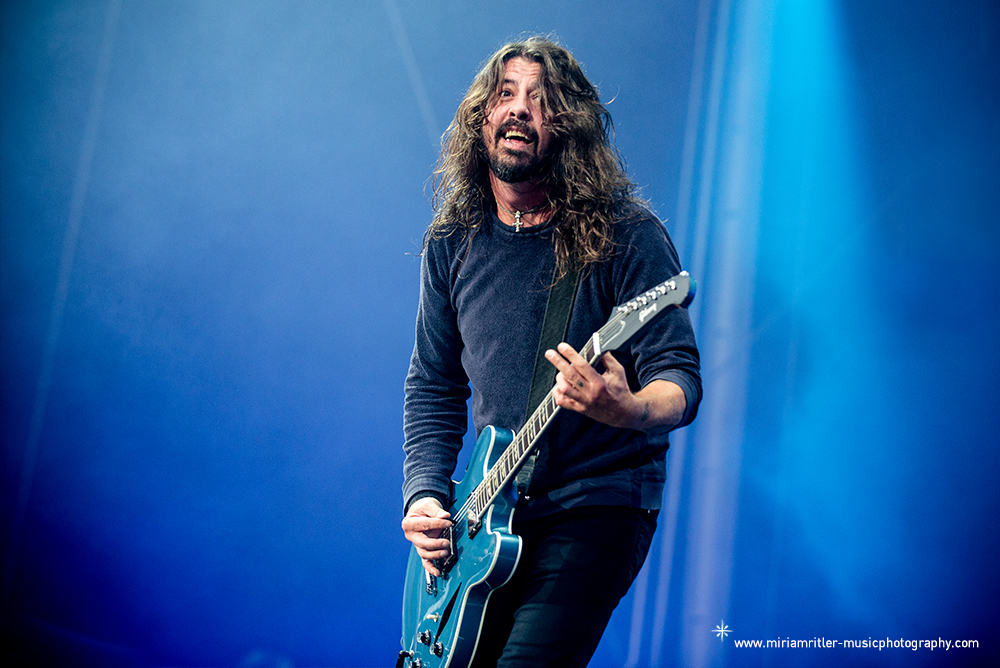03_foofighters25