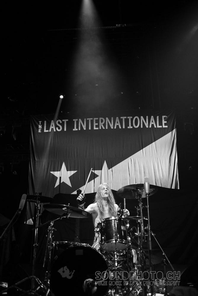 01-the-last-internationale-17