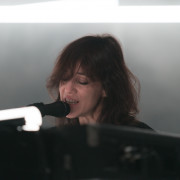 01-charlotte-gainsbourg-04