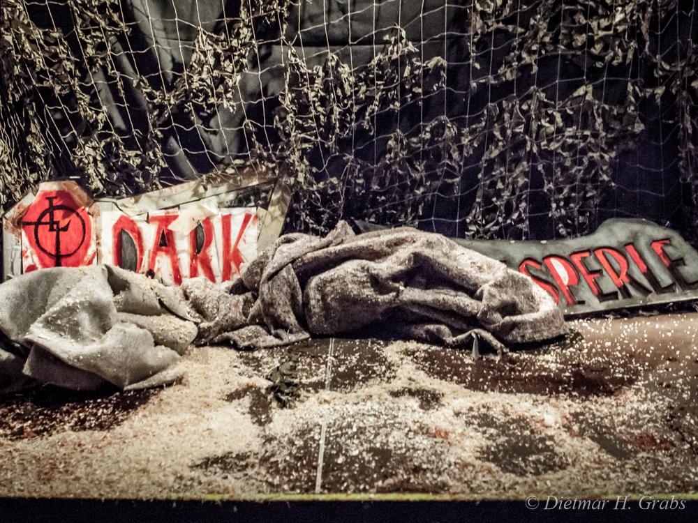 01-dark-kasperle-theater-16