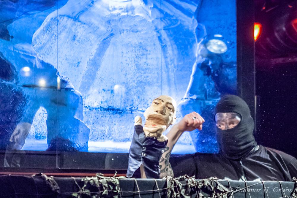 01-dark-kasperle-theater-44