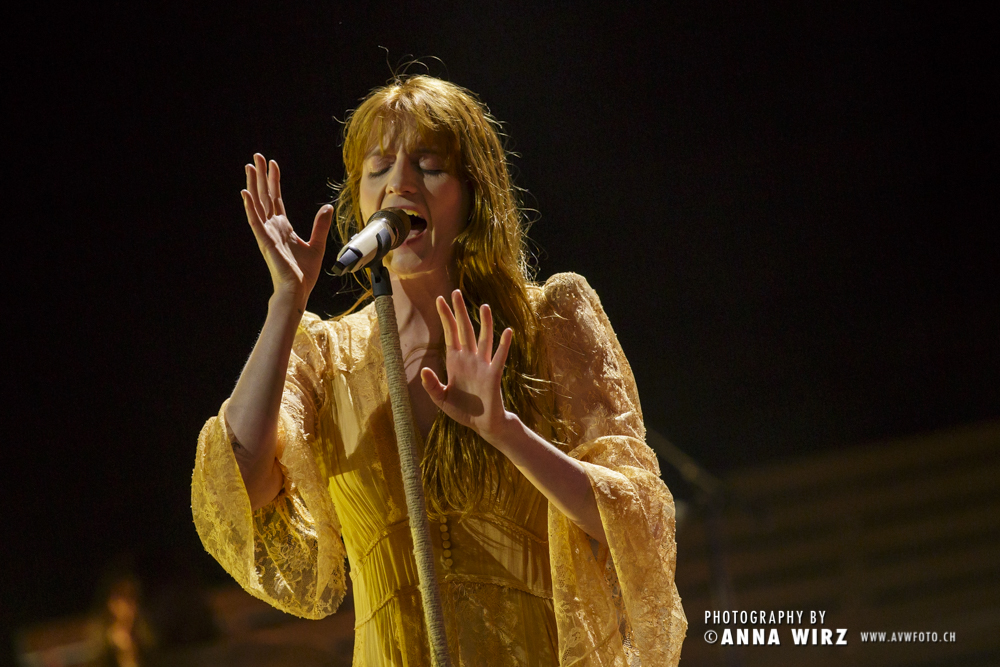 02_florence-and-the-machine-01