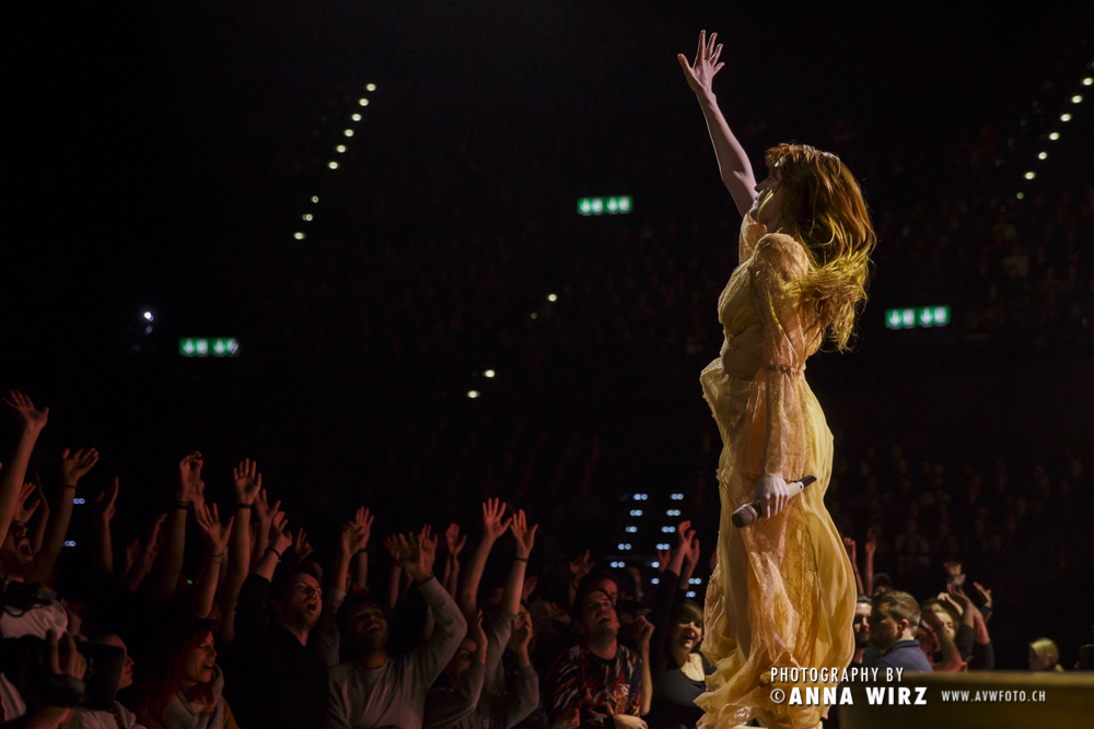 02_florence-and-the-machine-04