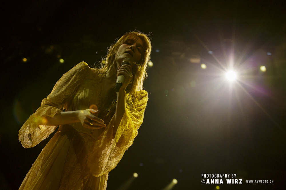 02_florence-and-the-machine-07