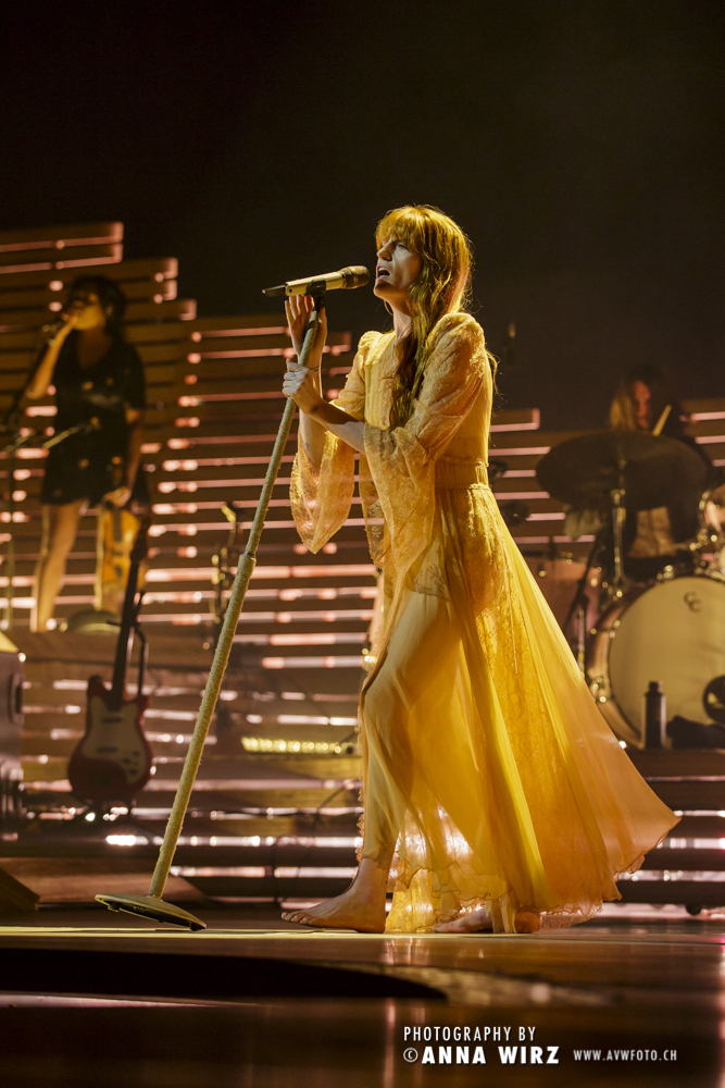 02_florence-and-the-machine-21